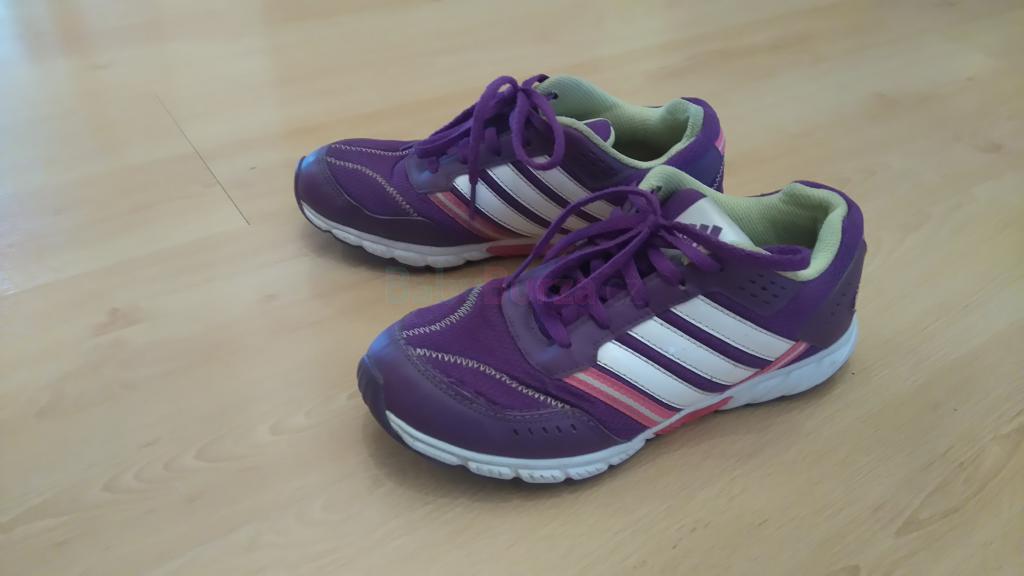 a109bb1d841 Prodám Prodám dětskou sportovní obuv ADIDAS. - 60