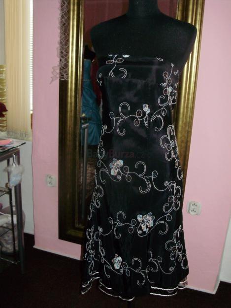 Prodám Prodám černé taftové šaty - 450 bfe10a0efc