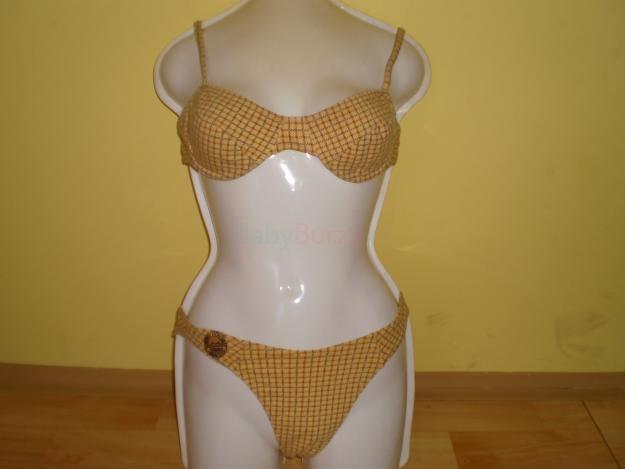 Prodám dámské použité plavky modré dvoudílné šněrovací a žluté dámské  použité plavky dvou c1921141a6
