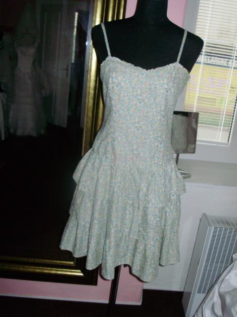 b8a86467230 Prodám Prodám letní plátěné šaty - 130