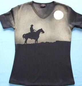 980b41cb9e5 Prodám Ručně malované tričko - 270