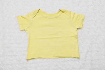 žluté tričko uni
