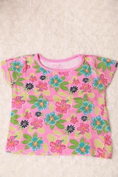 kytičkované tričko