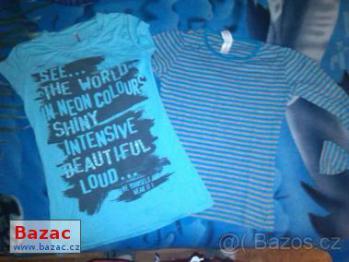 Světle modré tričko s kamínky, vel. XS