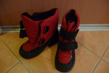 Zimní boty s kožíškem, červené, vel. 29