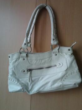 Bíla koženková kabelka