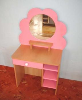 Dětská toaletka květinka - kadeřnictví