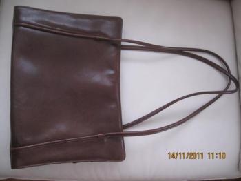 Kožená kabelka ADK