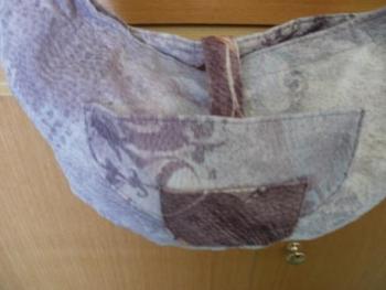 krásná látková kabelka se zajímkavým desingem