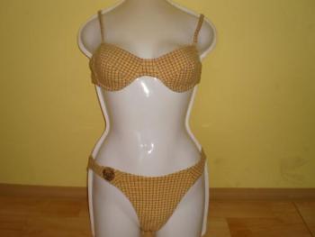 Prodám dámské použité plavky modré dvoudílné šněrovací a žluté dámské použité plavky dvou