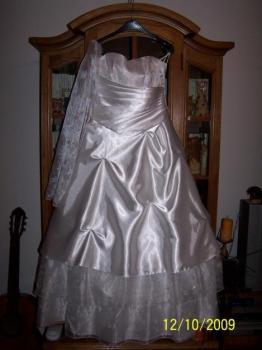 Prodám svatební šaty