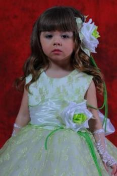 Šaty pro děvčátka.