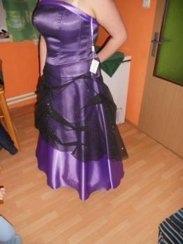 společenske šaty